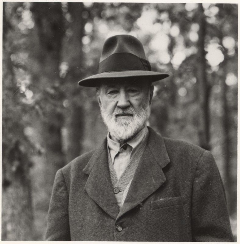 Charles Ives, West Redding, Conn., c. 1946 (Halley Erskine, courtesy of the Irving S. Gilmore Music Library at Yale University)